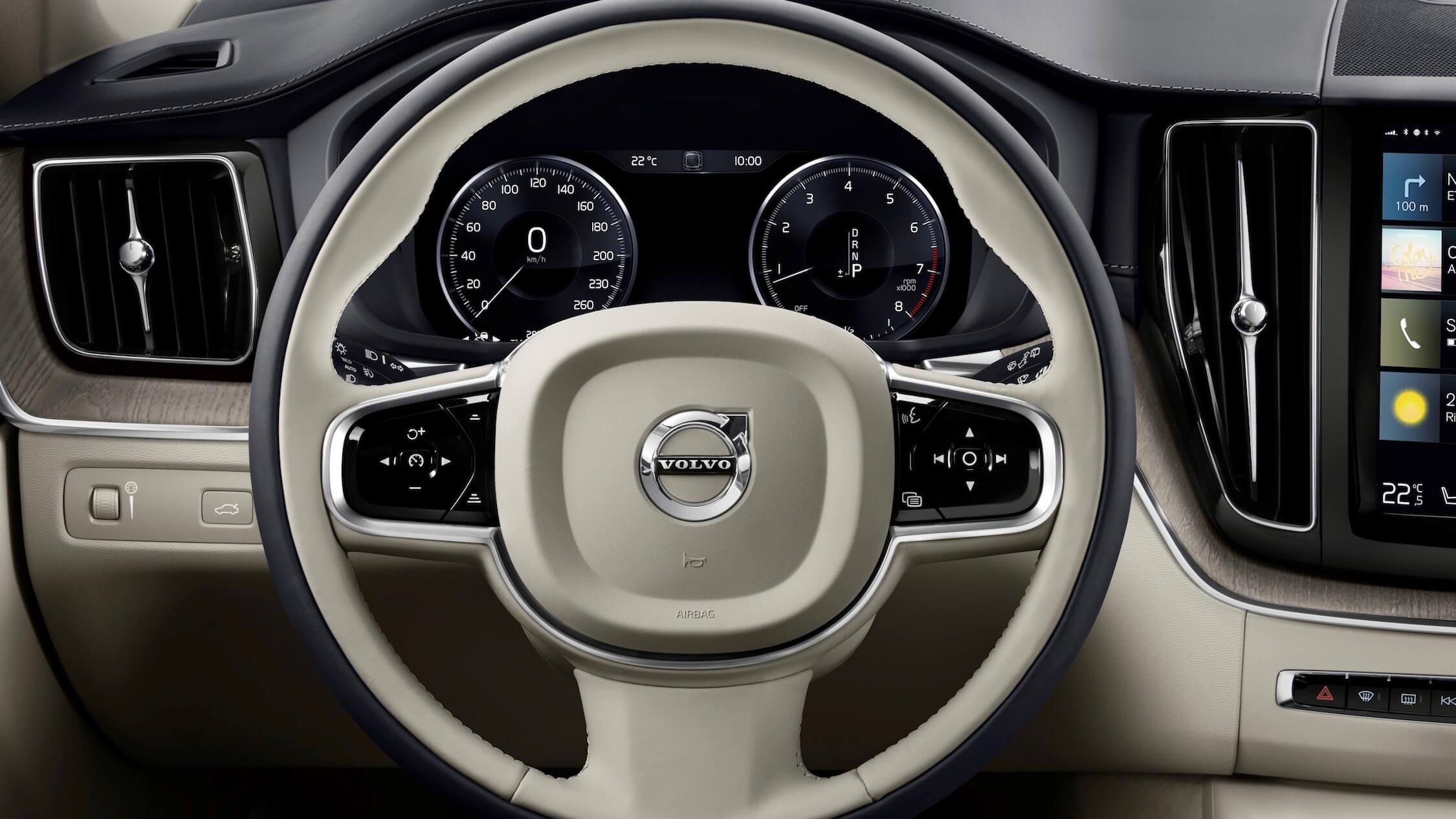 Volvo XC60 stuur wit leder