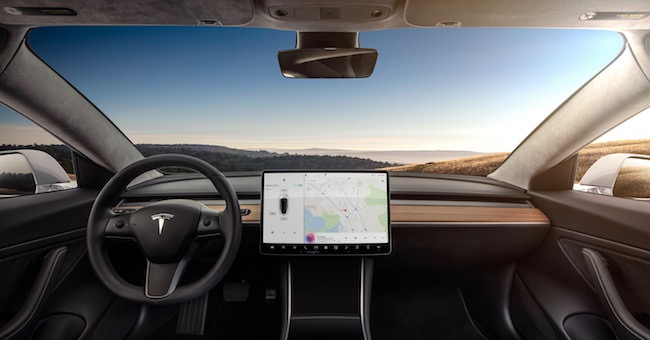 Tesla Model 3 interieur en dashboard
