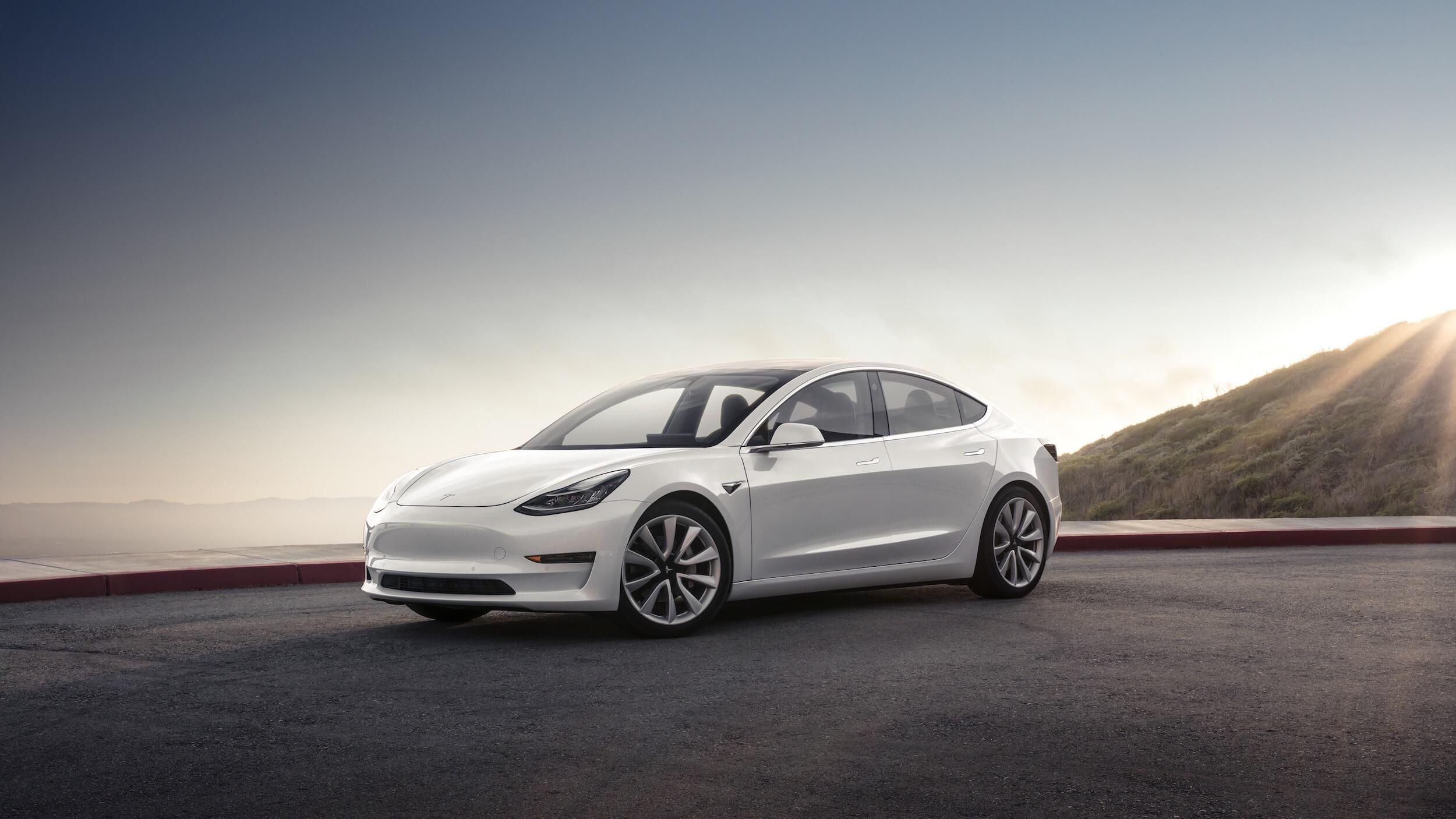 Witte Tesla Model 3