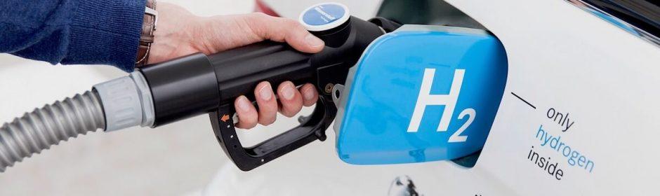 refueling hydrogen car