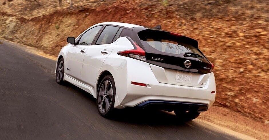 witte Nissan Leaf