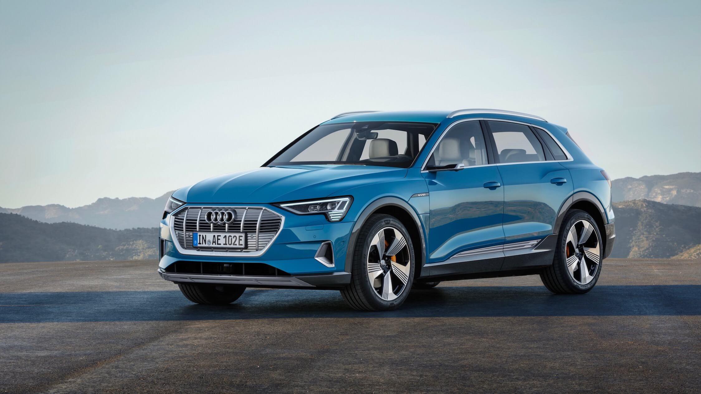 Audi-e-tron-blauw