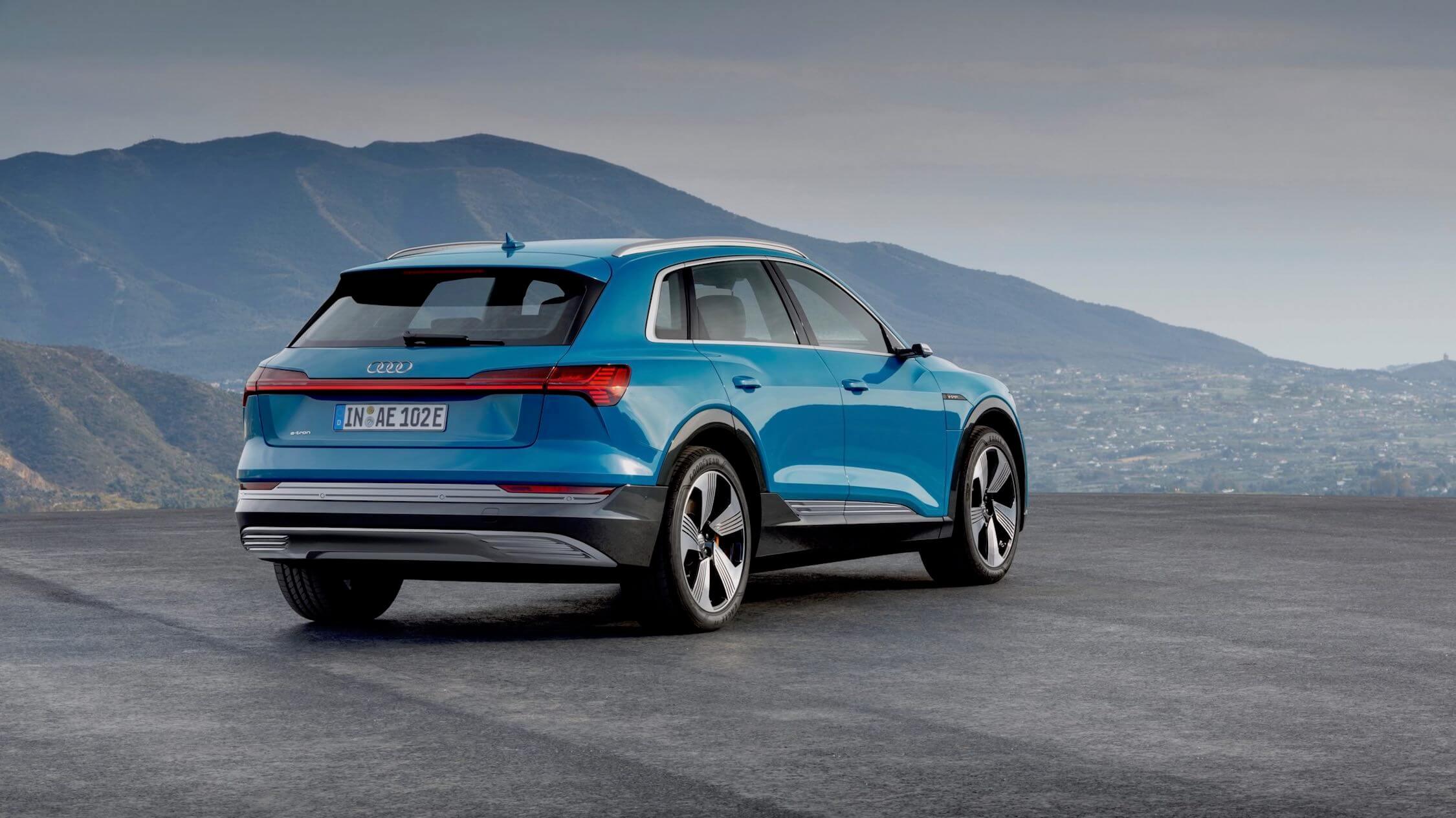 Audi-e-tron-rear