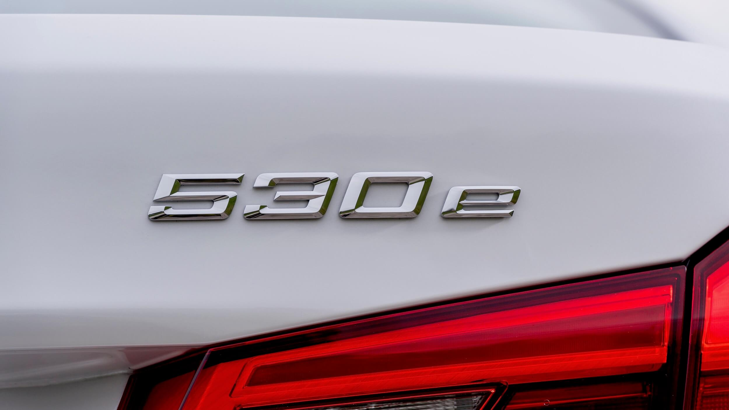 BMW 530e badge
