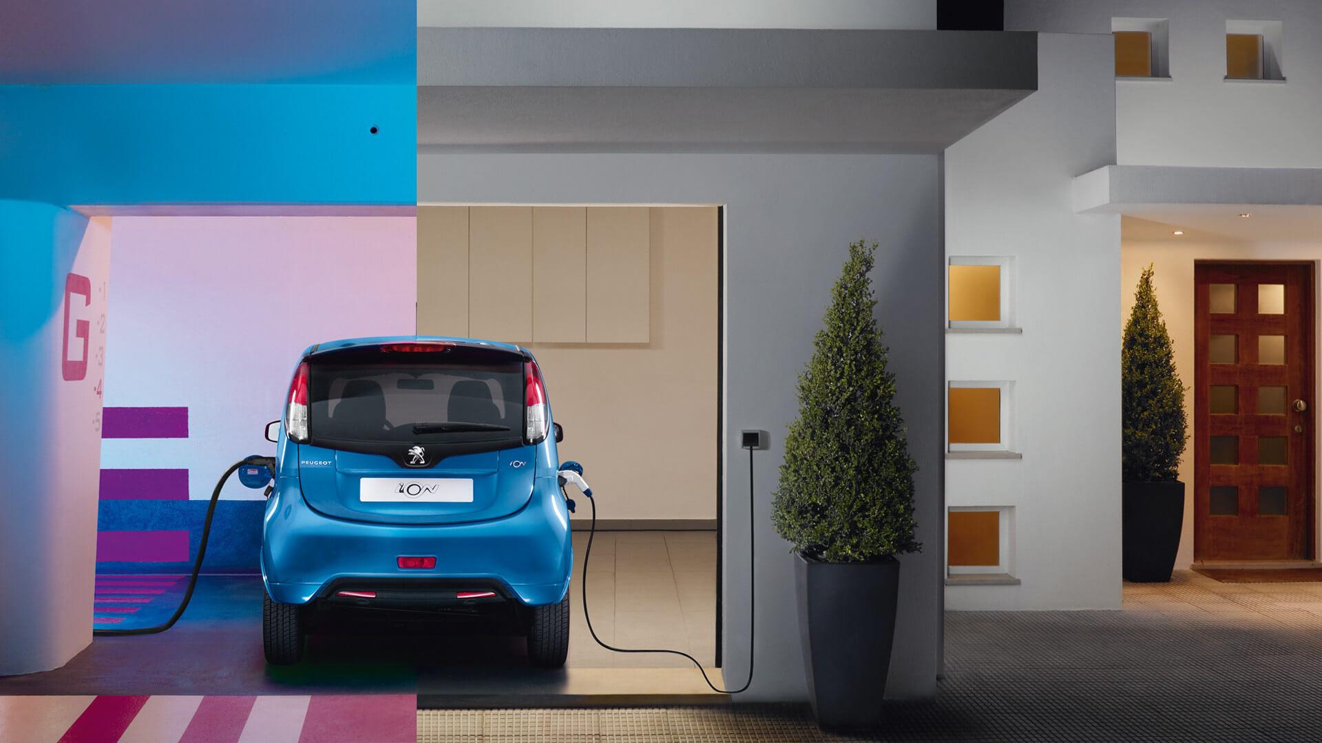 Peugeot iON opladen