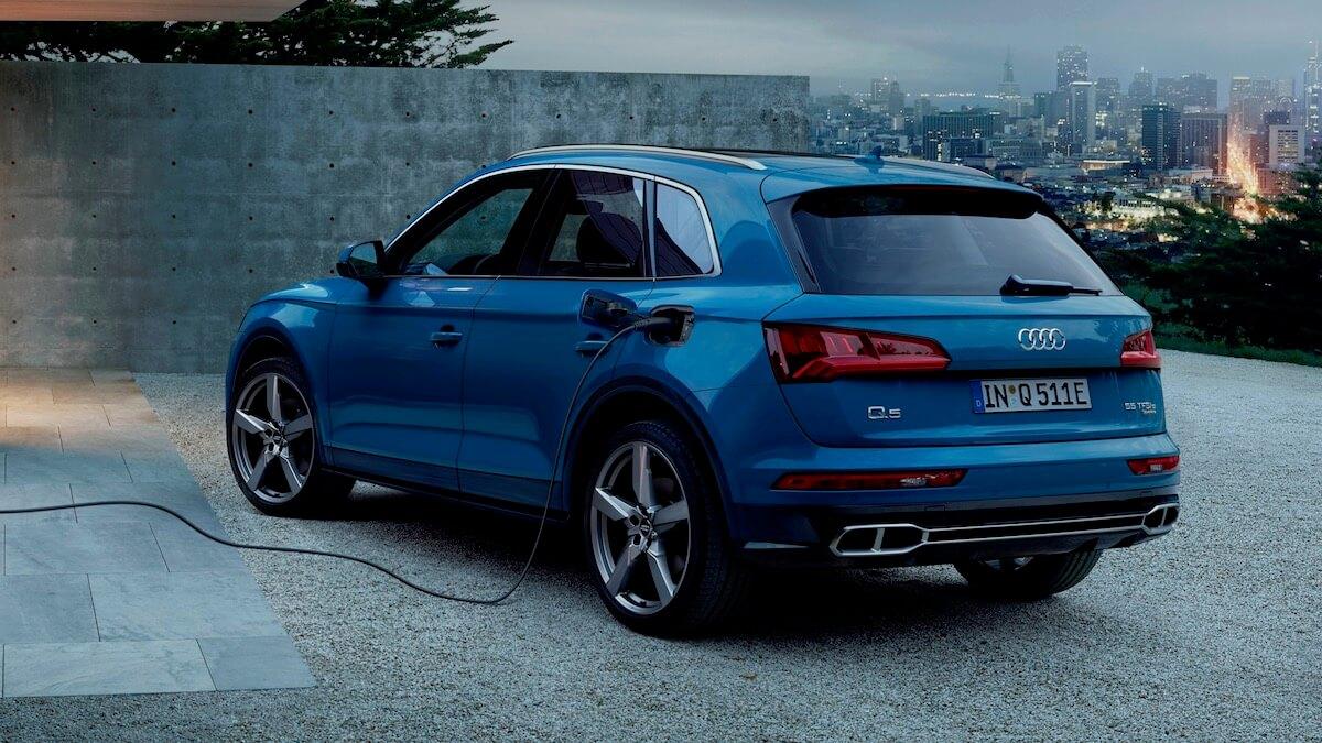 Hybride Audi Q5 laden