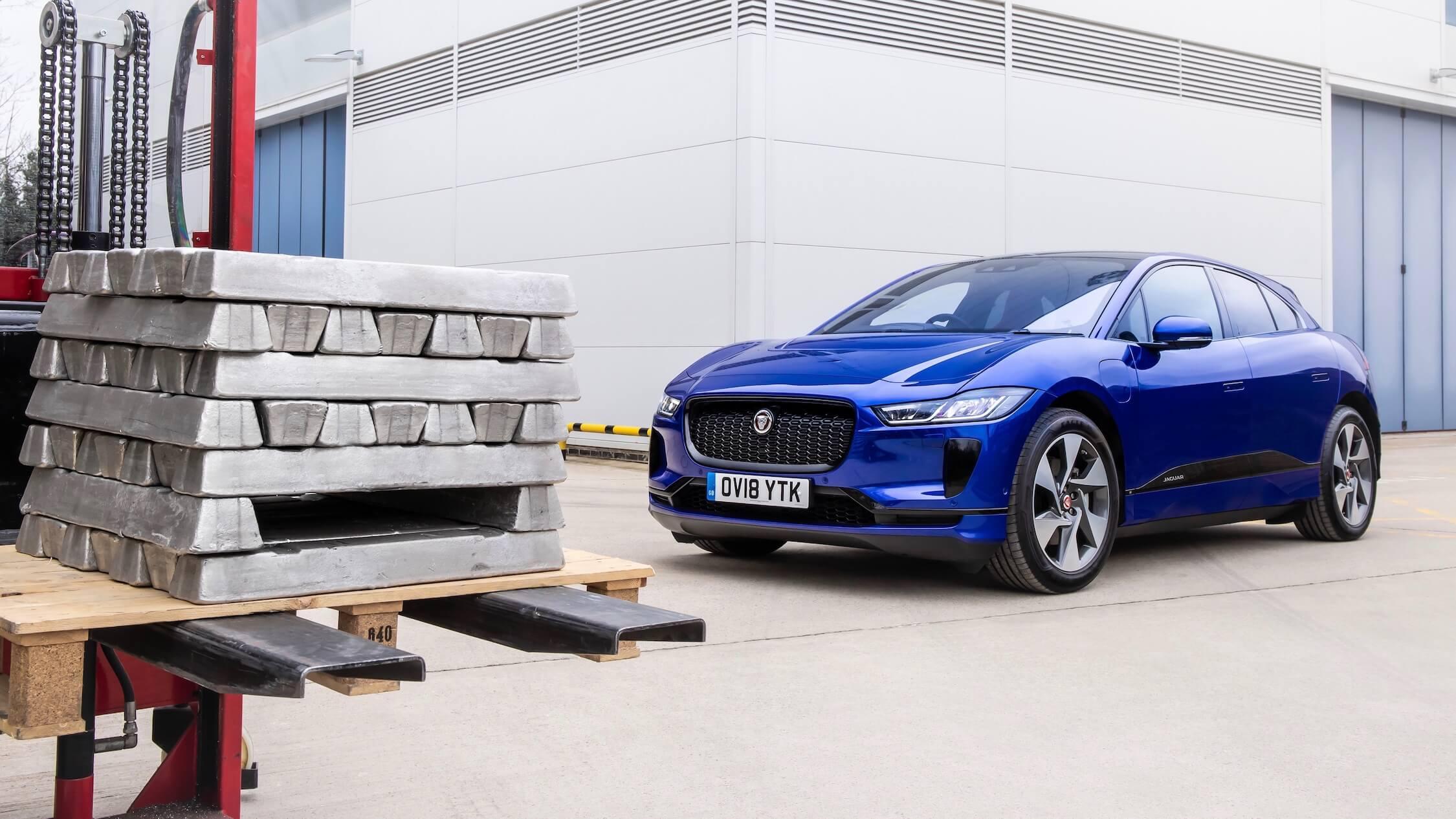 Jaguar I-Pace blauw
