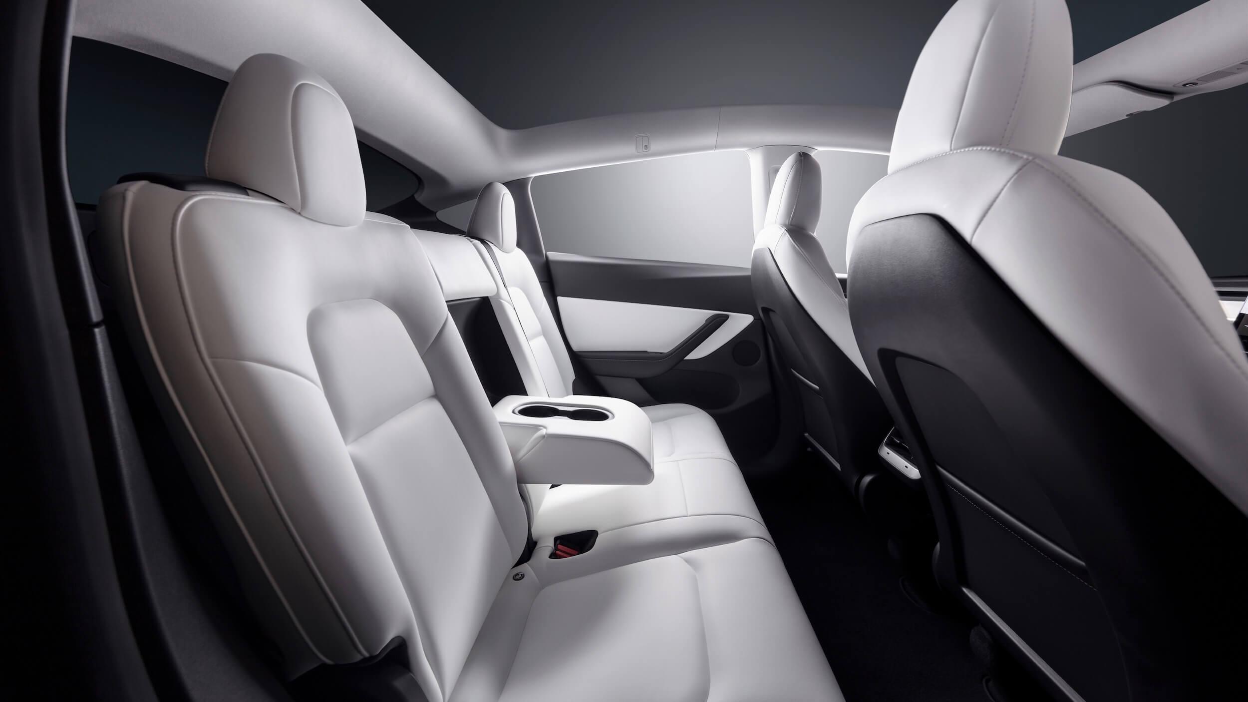 2021 Tesla Model Y achterbank