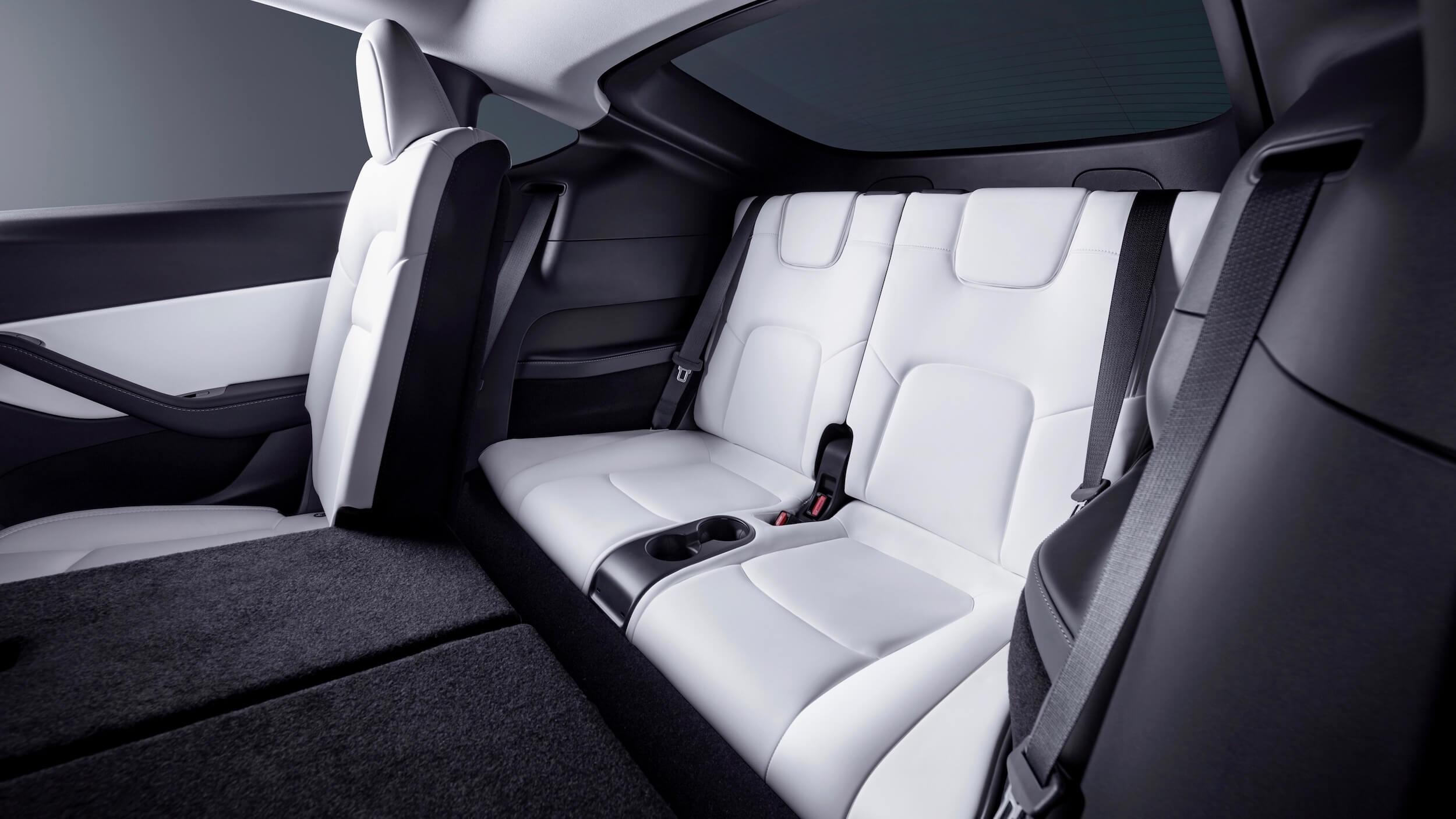 2021 Tesla Model Y derde zetelrij wit
