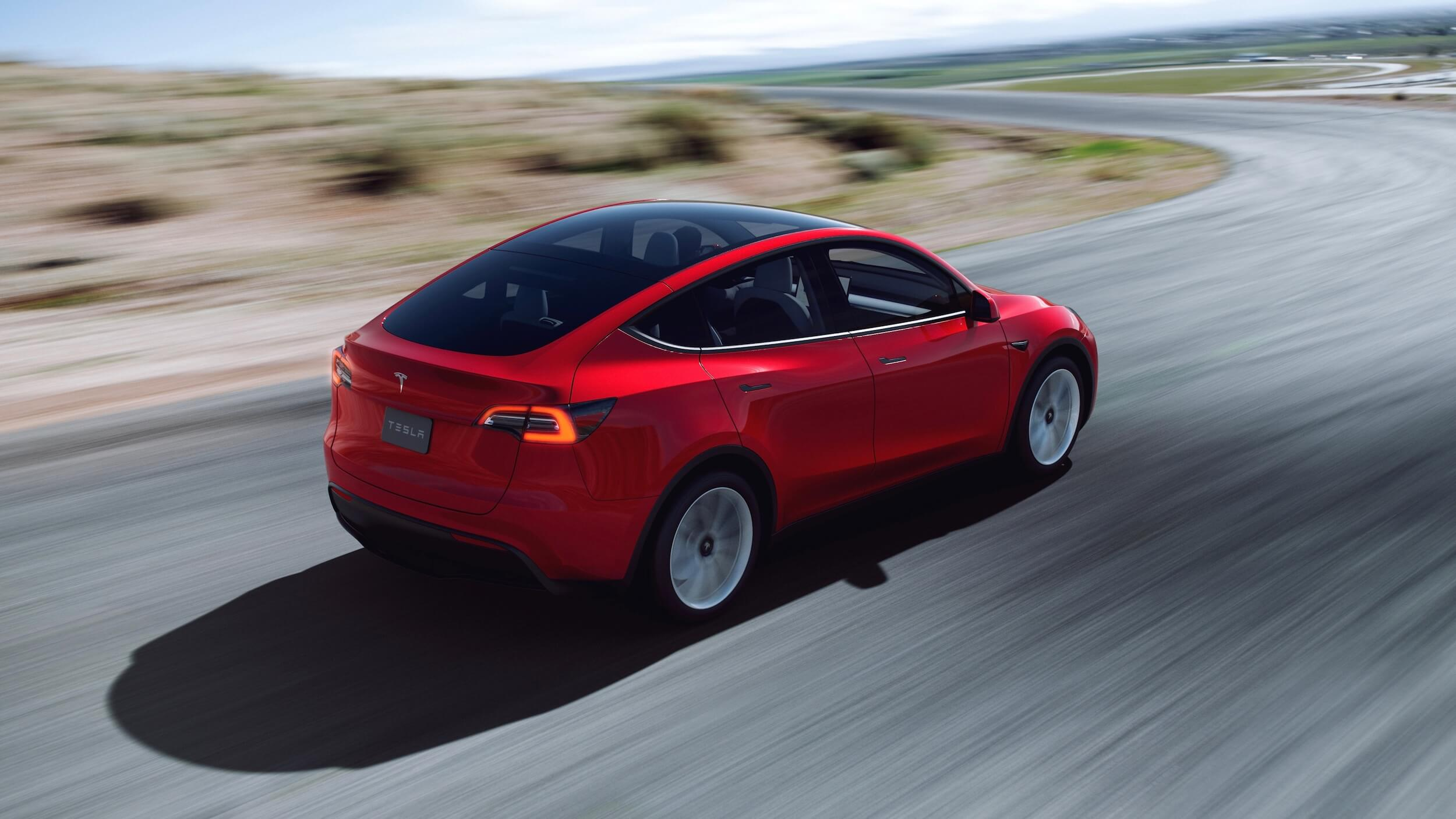 2021 Tesla Model Y rood