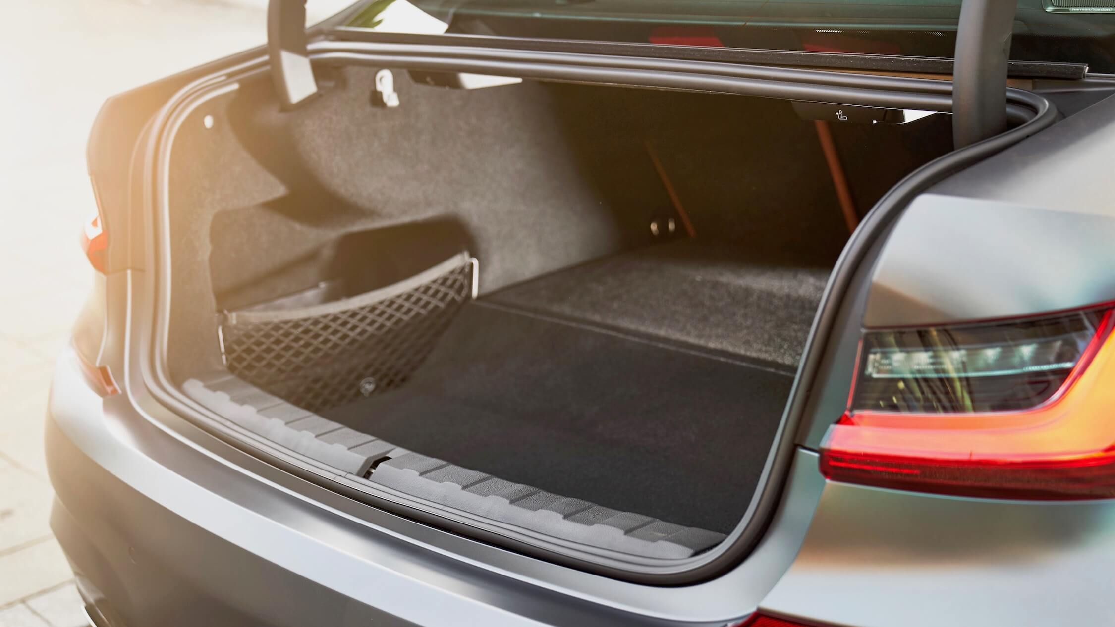 BMW 330e koffer