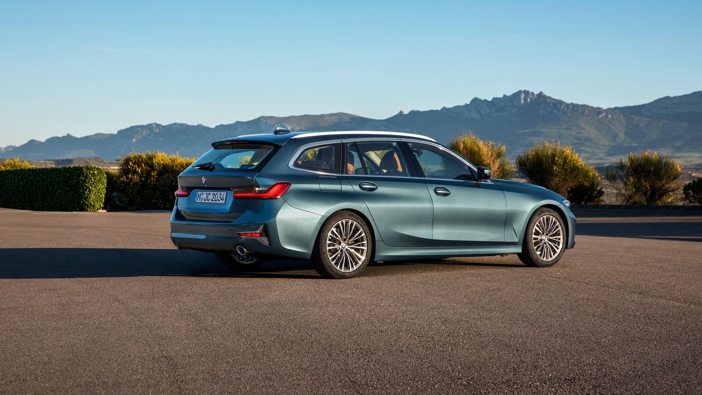 BMW 330e touring hybride