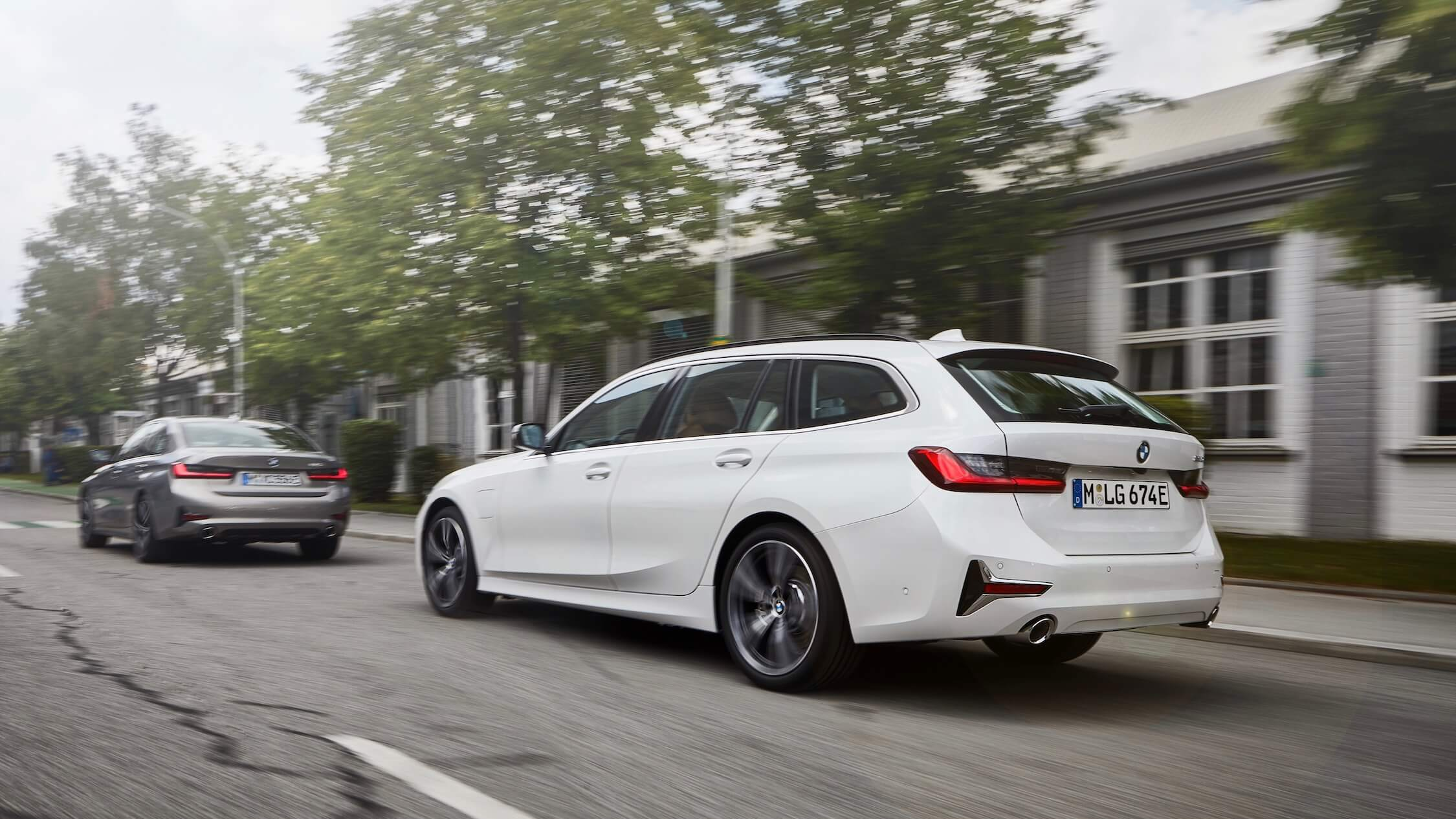 BMW 330e touring plug-in hybride