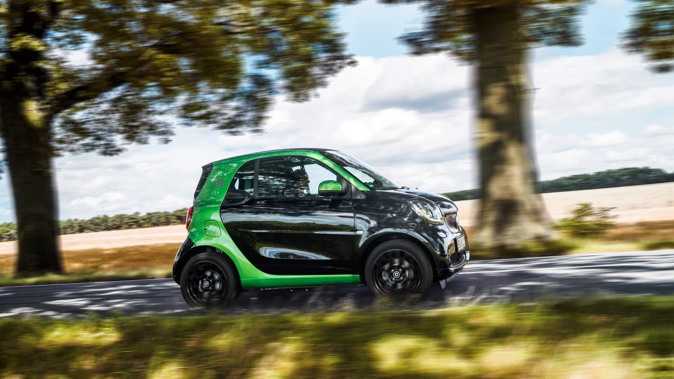 Elektrische Smart EQ rijdend