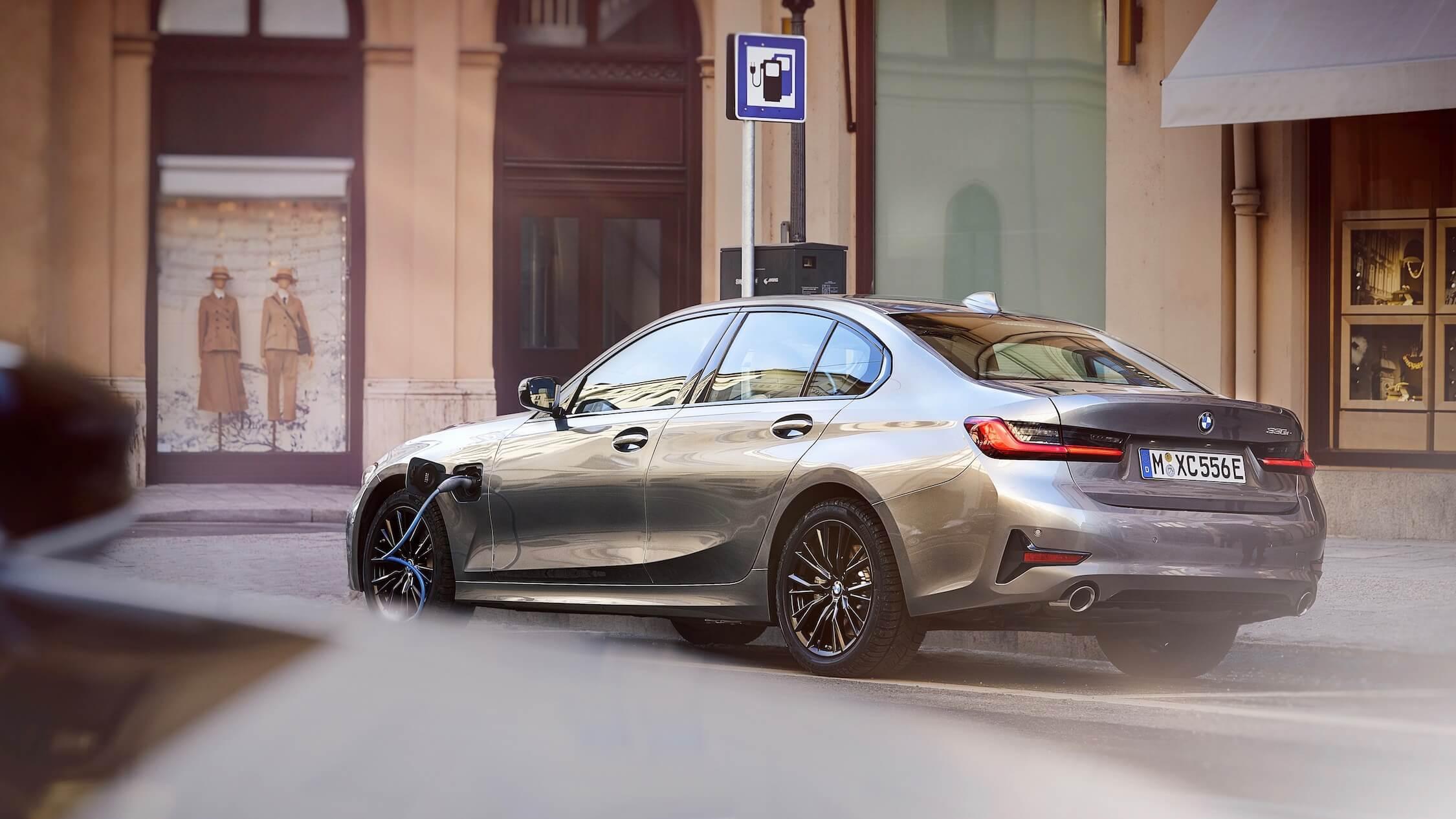 Nieuwe BMW 330e