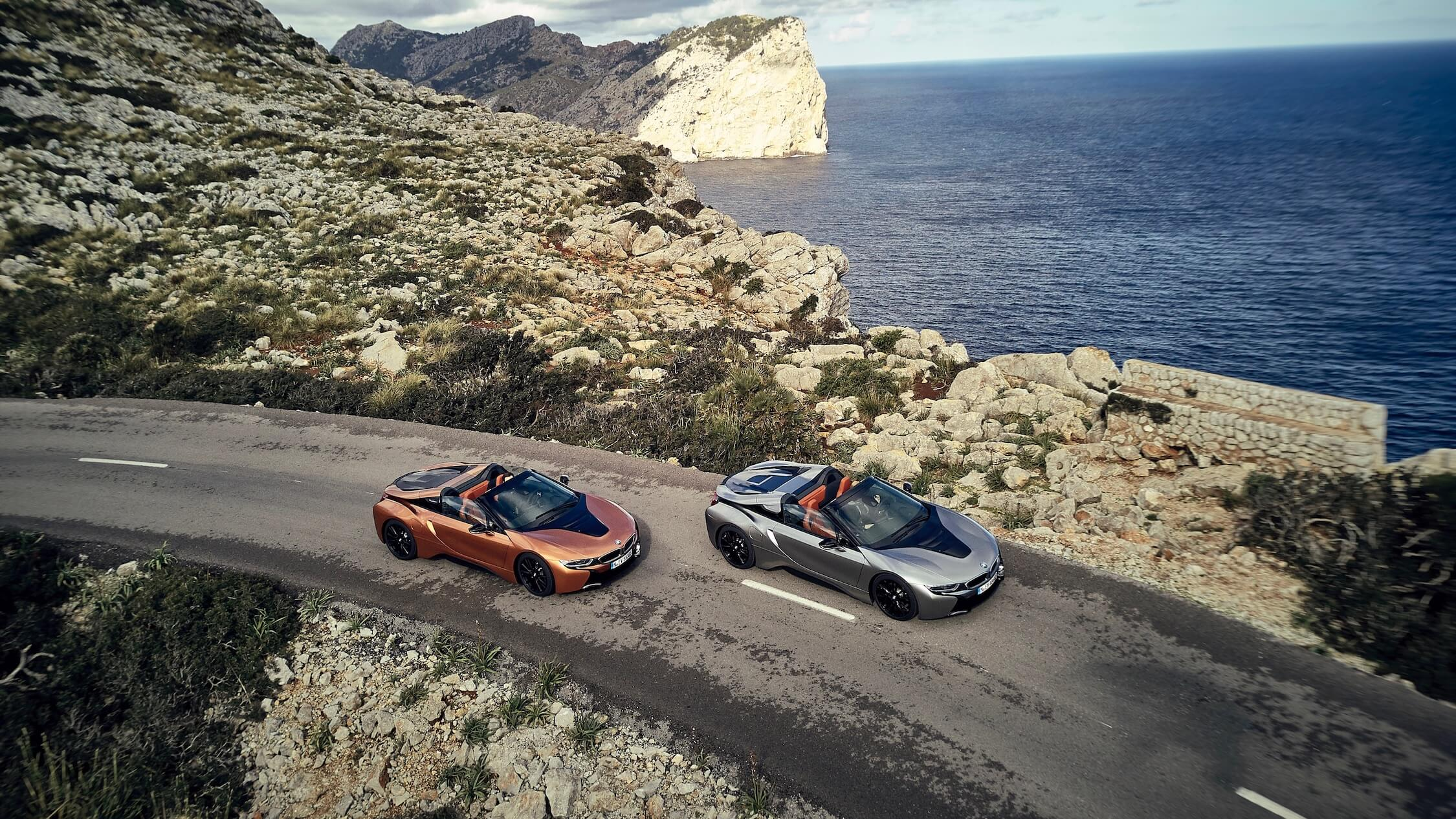 BMW i8 naast elkaar
