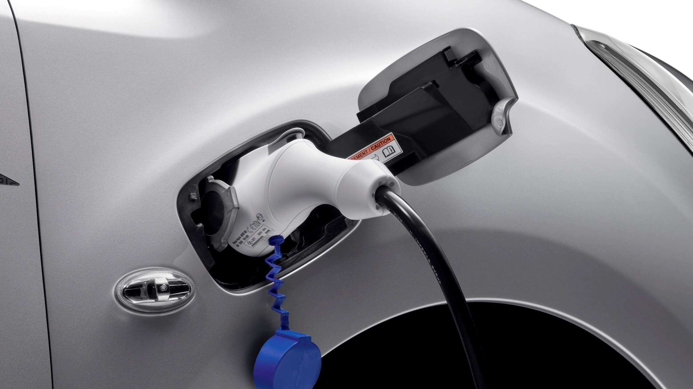 Elektrische Peugeot Partner opladen