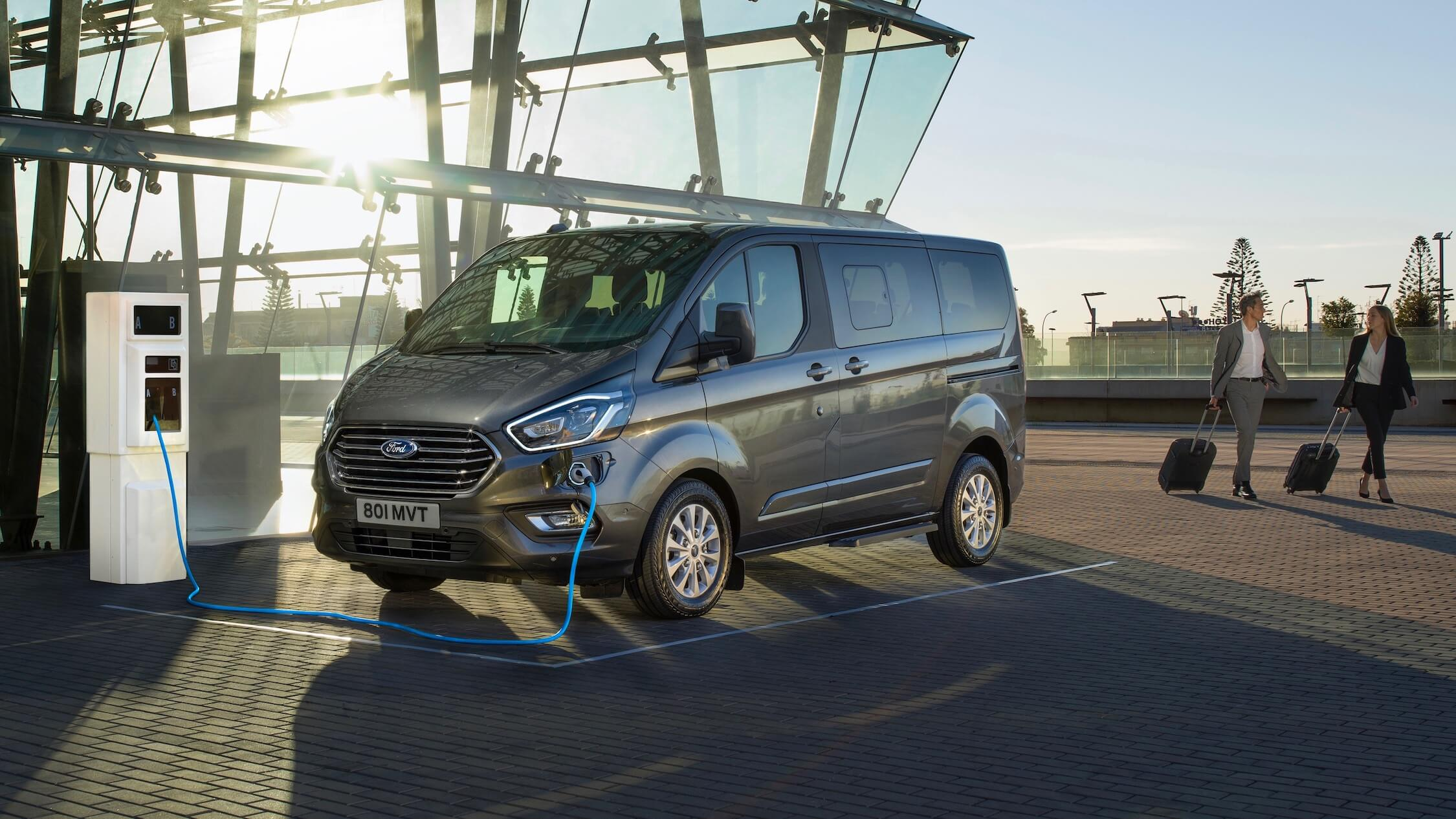 Hybride Ford bestelwagen Tourneo Custom PHEV