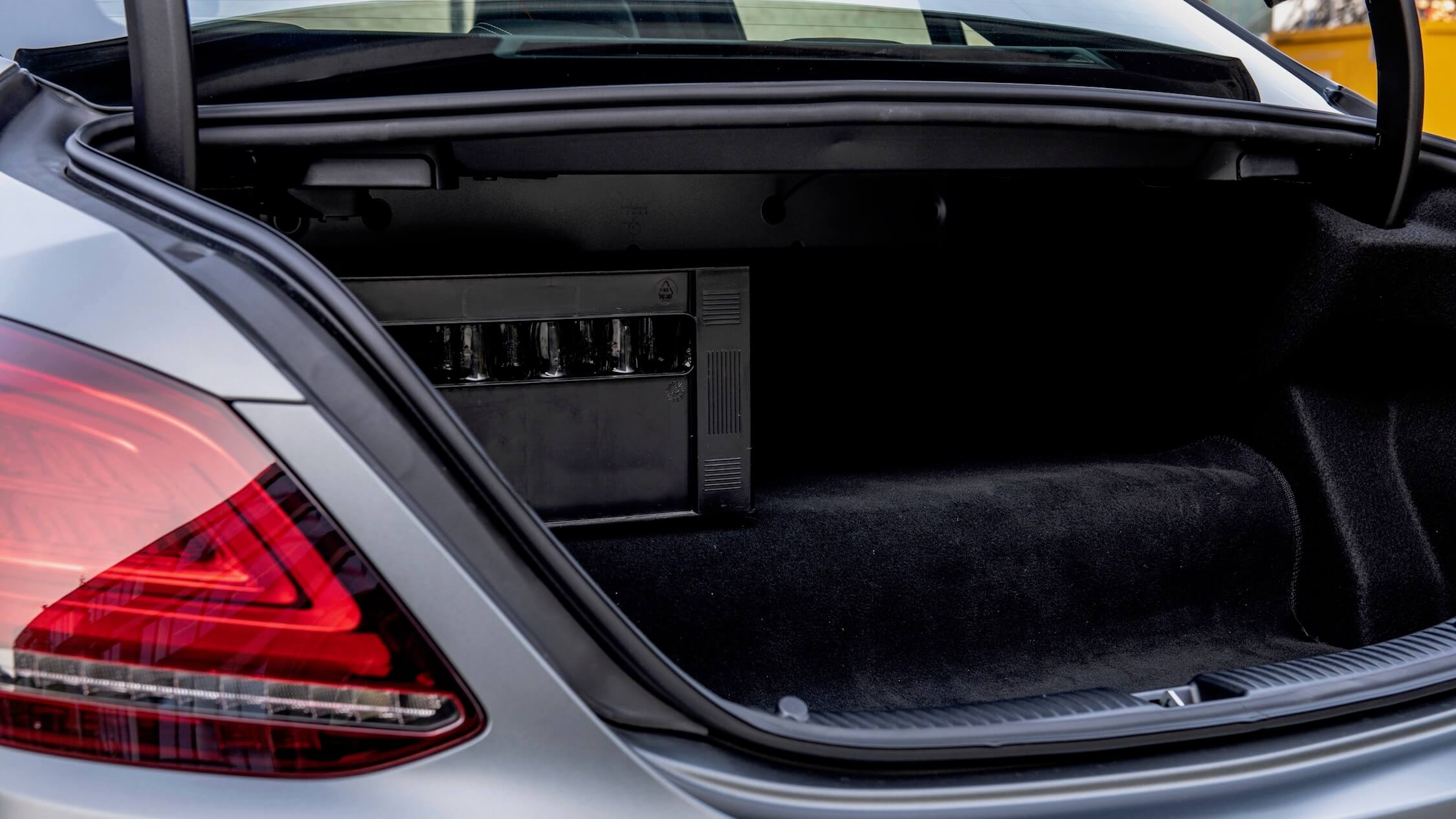 Hybride Mercedes C 300 de koffer