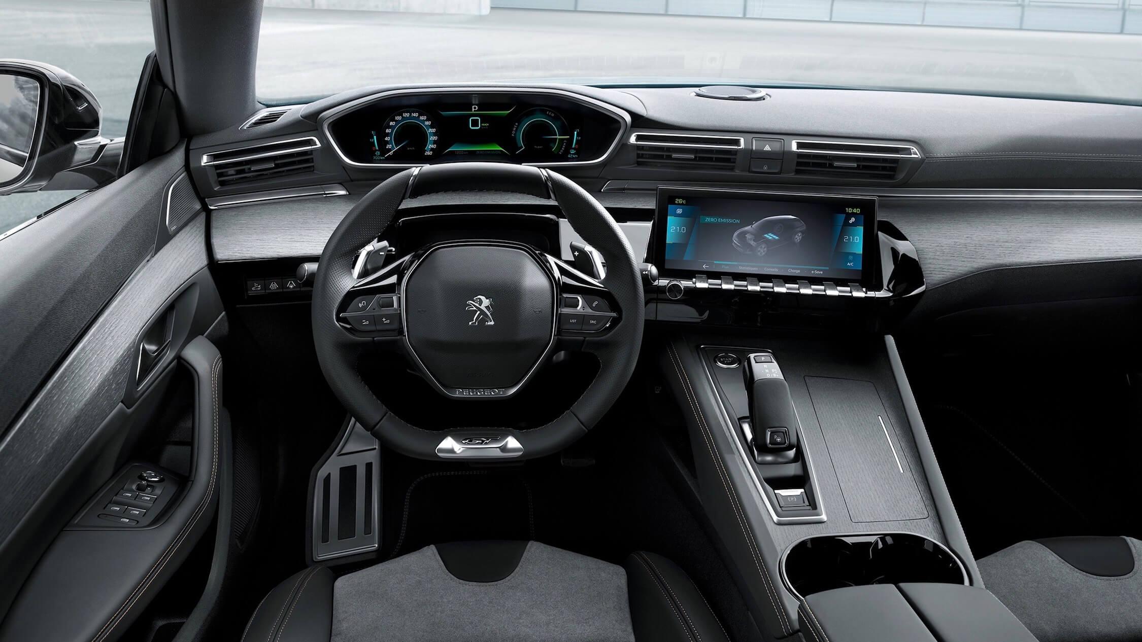 Hybride Peugeot 508 interieur