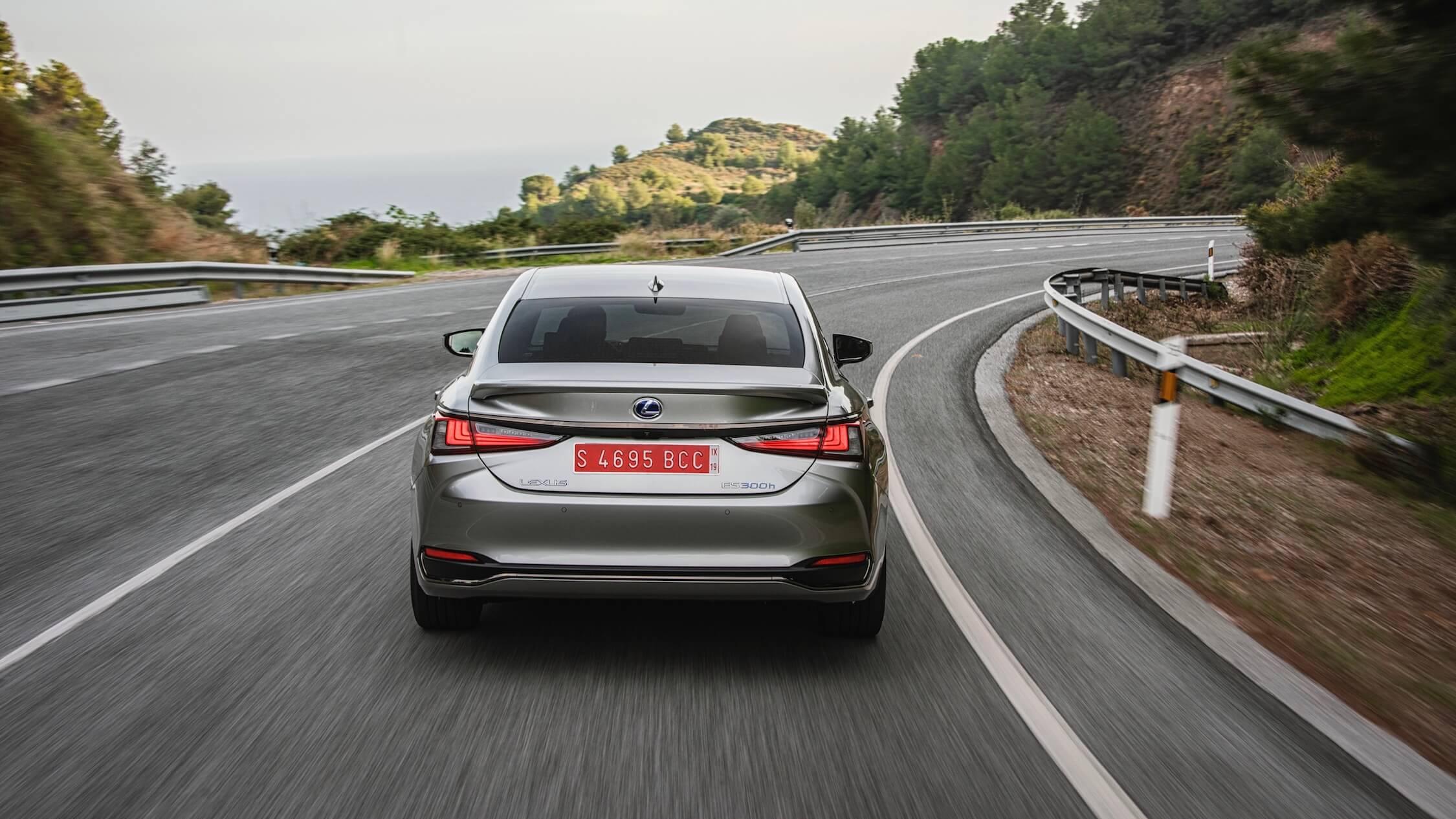 Lexus ES 300h achterkant