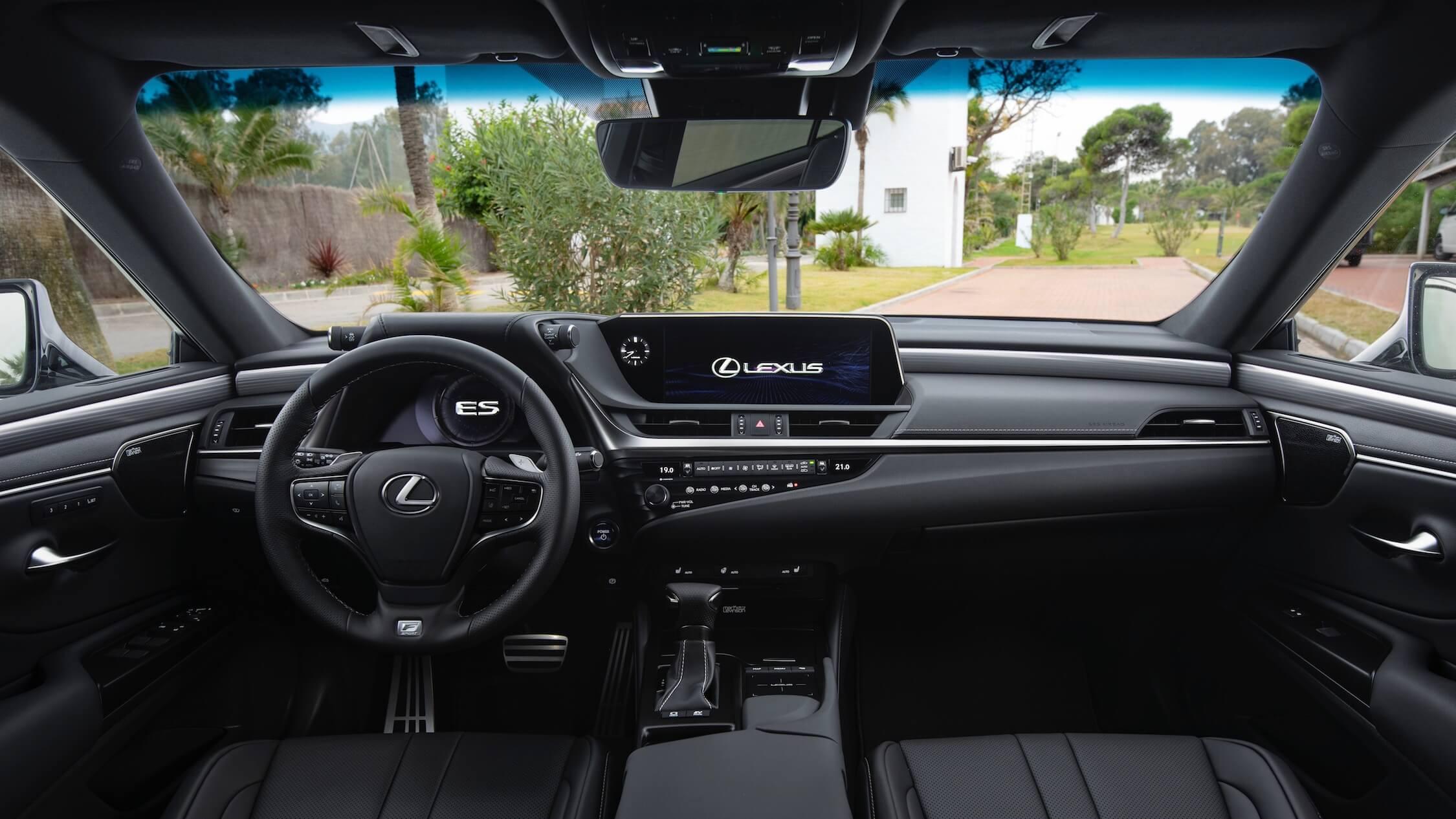 Lexus ES 300h interieur dashboard