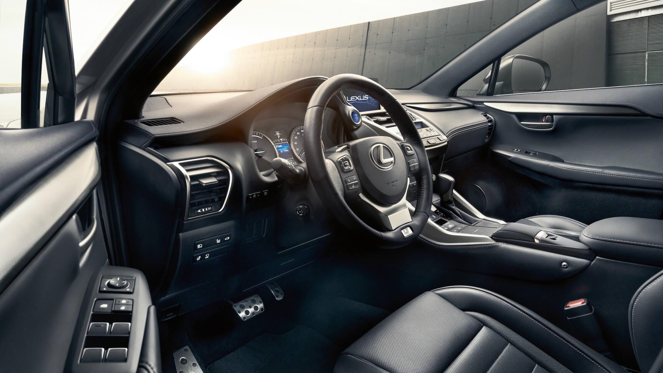 Lexus NX 300h interieur