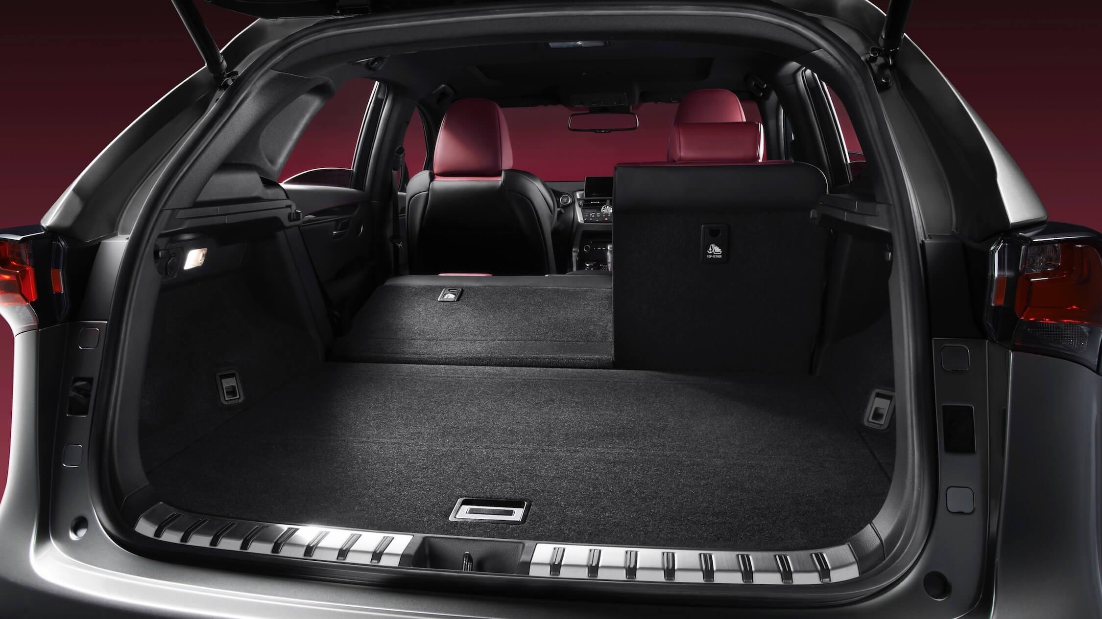 Lexus NX 300h koffer