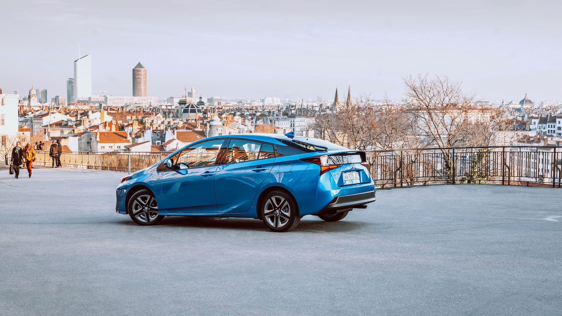 Toyota Prius blauw