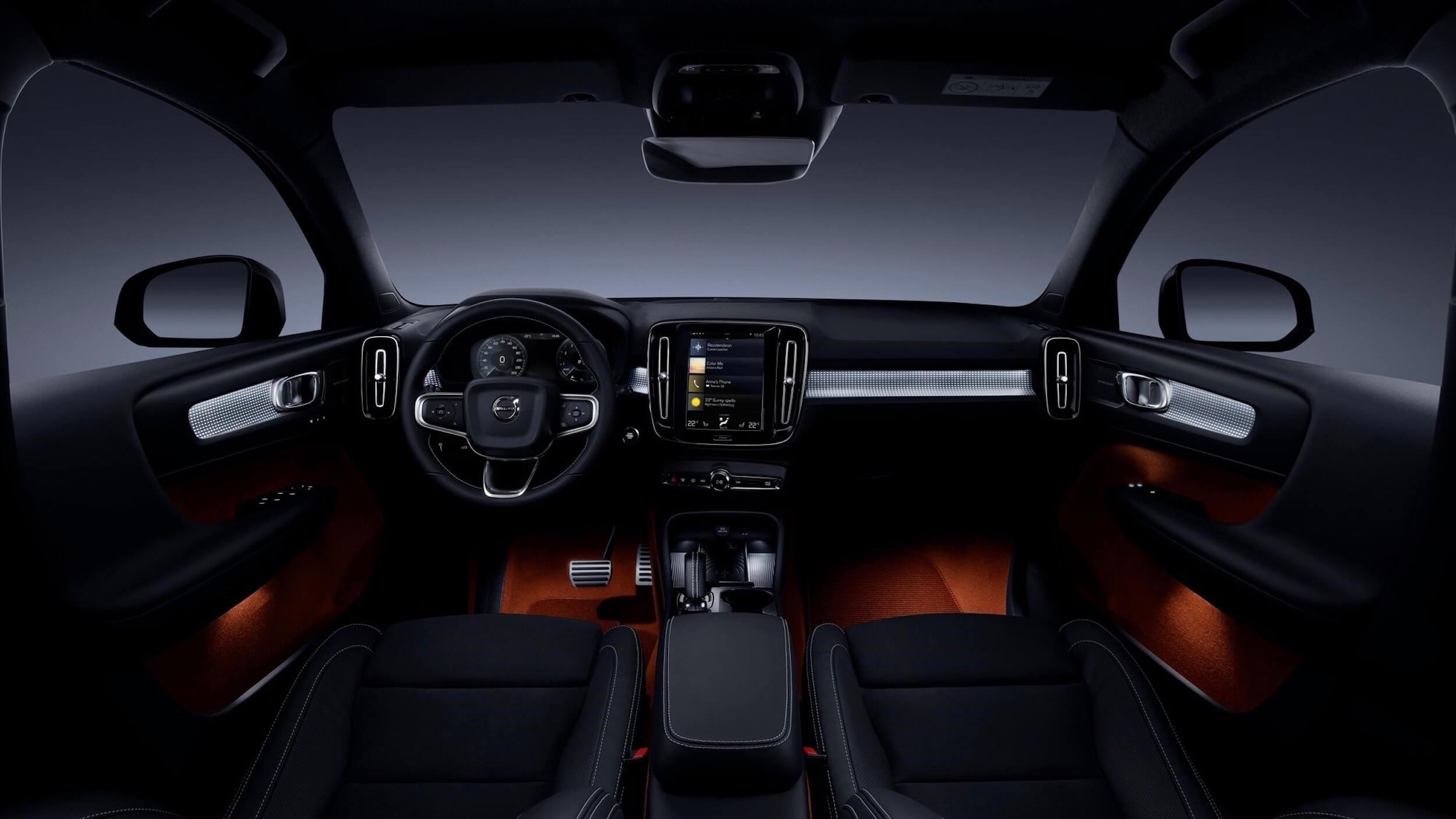 Volvo XC40 PHEV stuur en dashboard