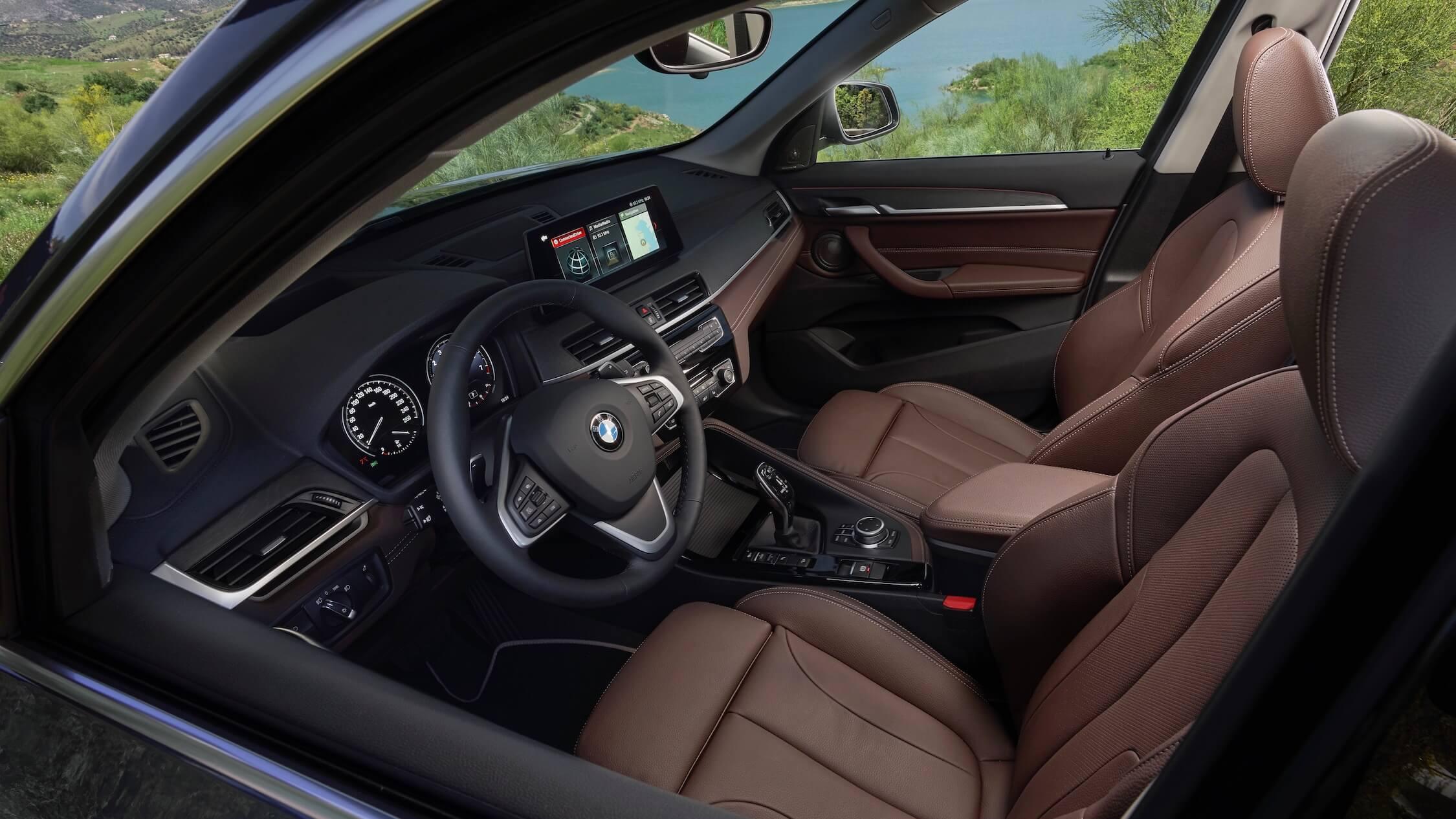 BMW X1 hybride zetels en interieur