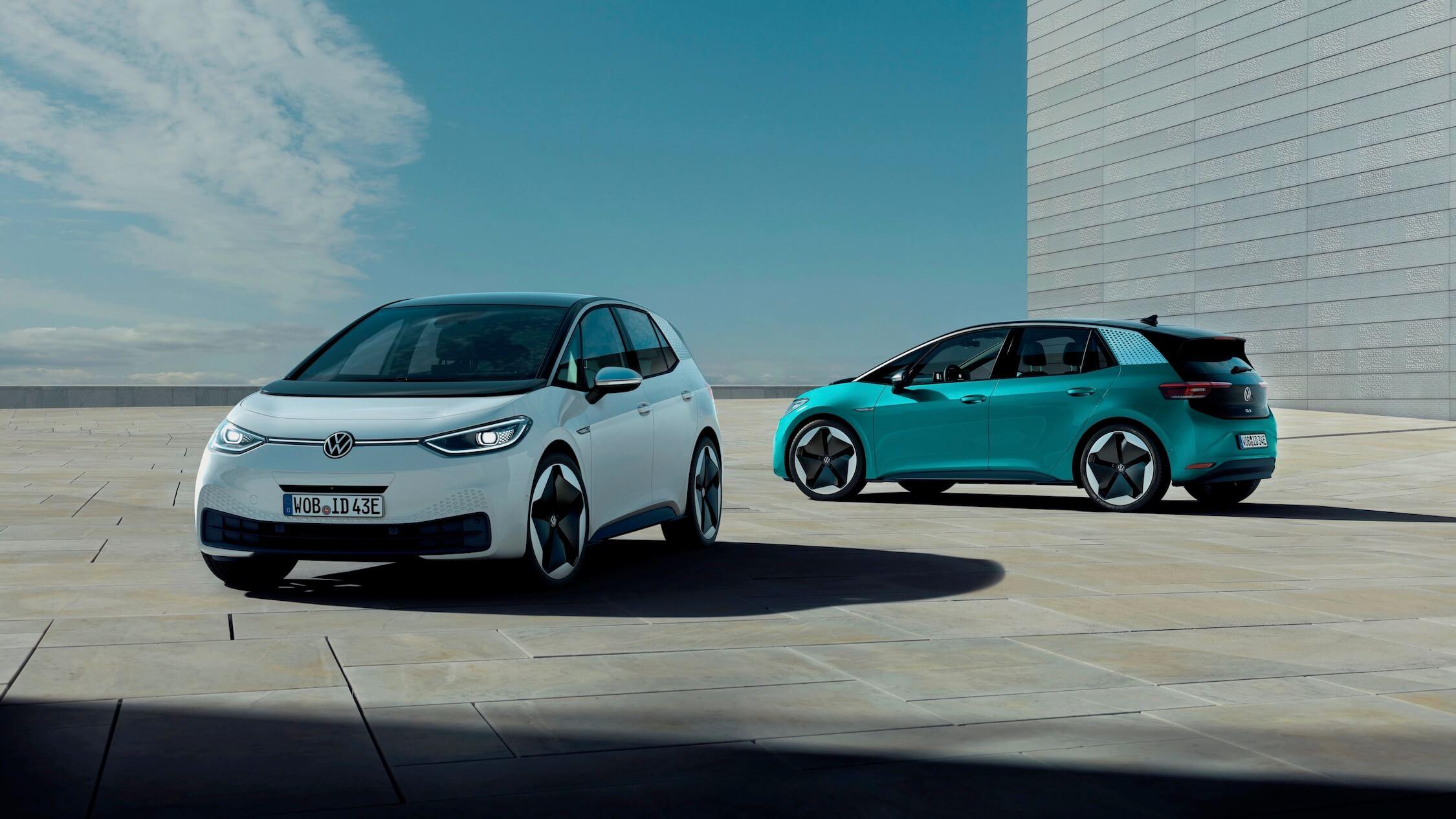 Twee VW ID 3 naast elkaar