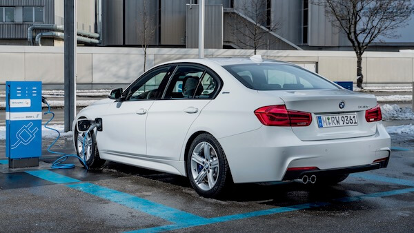 Tweedehands BMW 330e