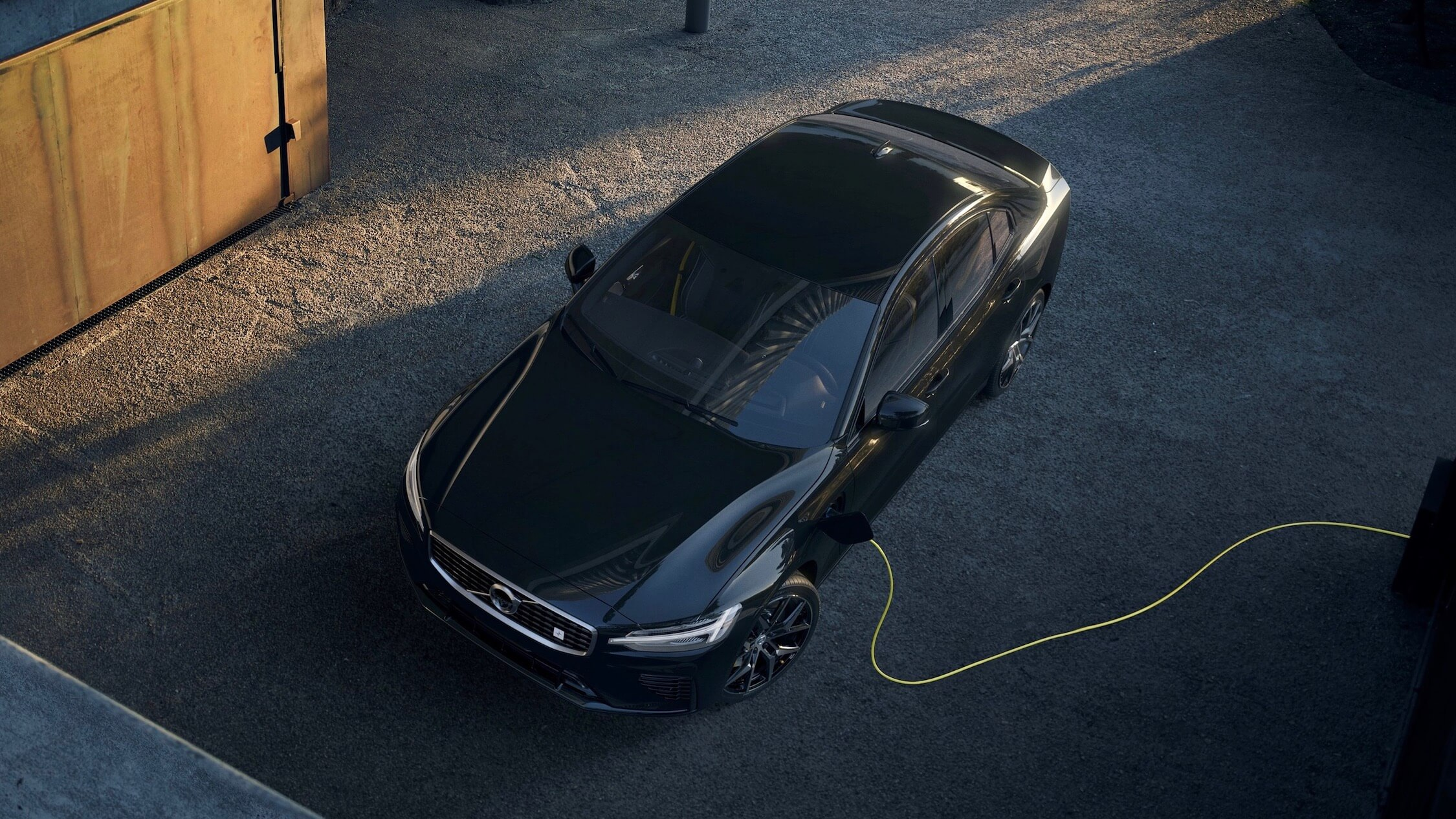 Hybride Volvo S60 opladen
