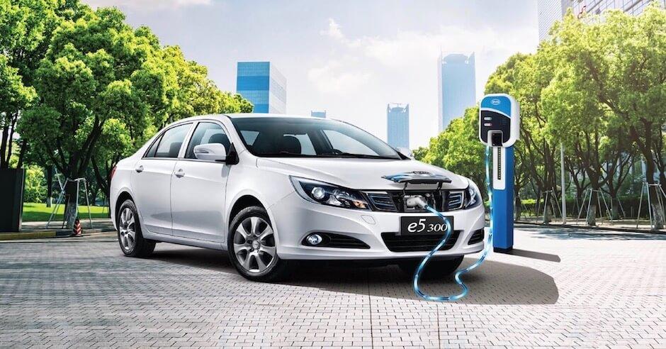 chinese elektrische auto opladen