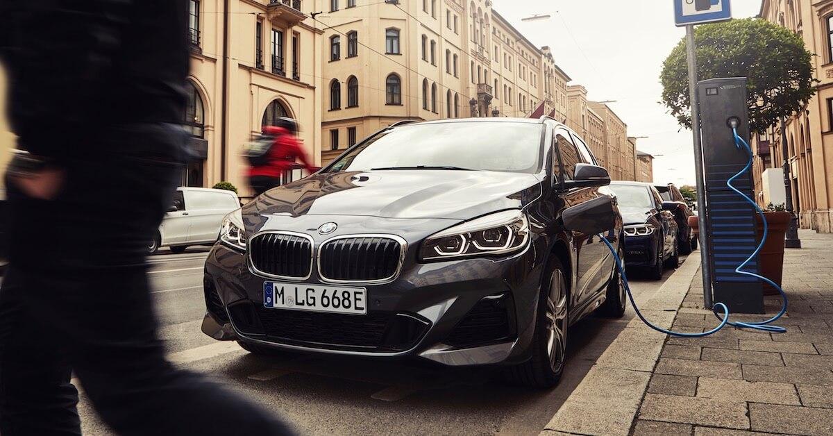 BMW 225xe opladen