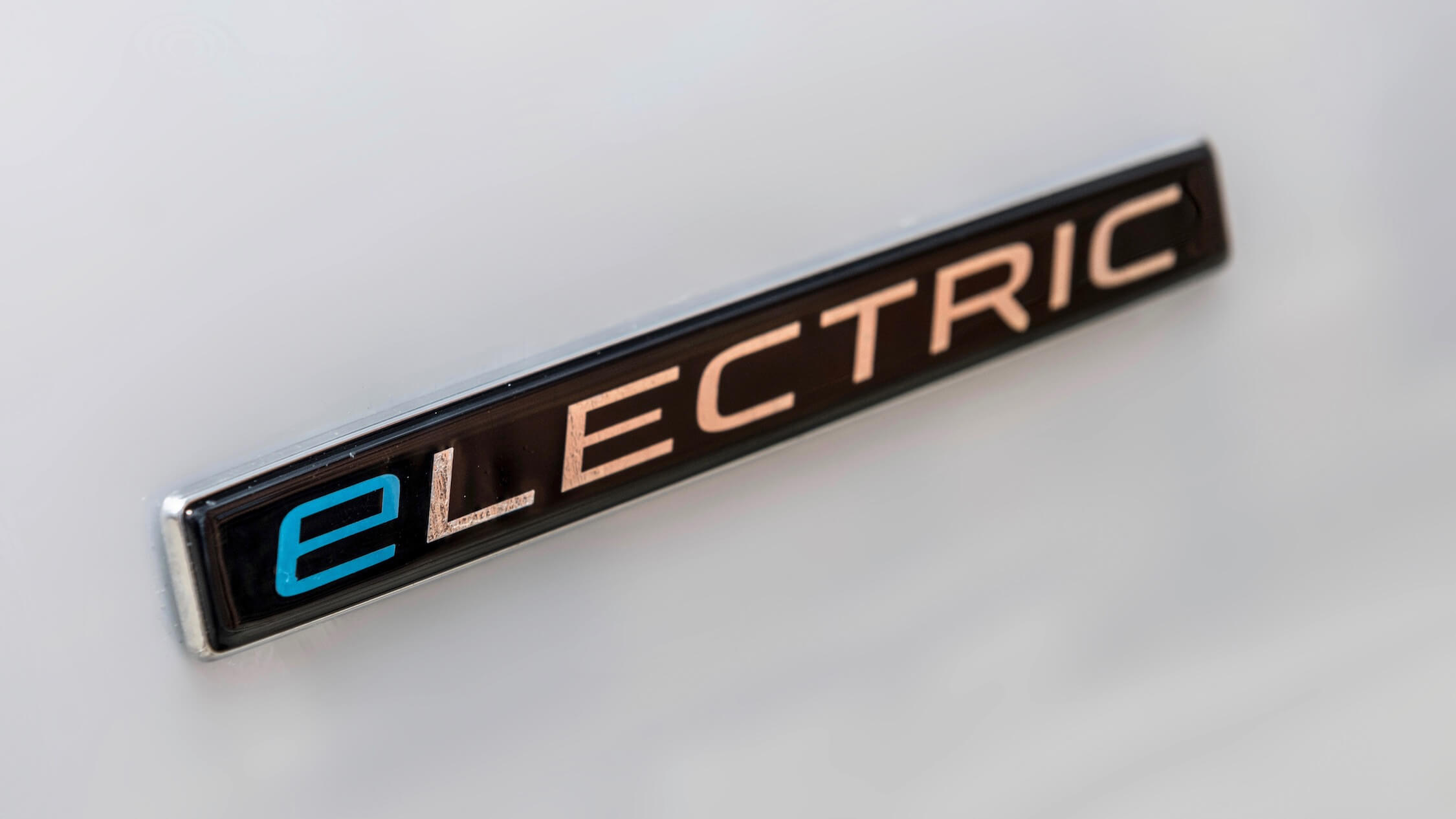 Mercedes electric logo