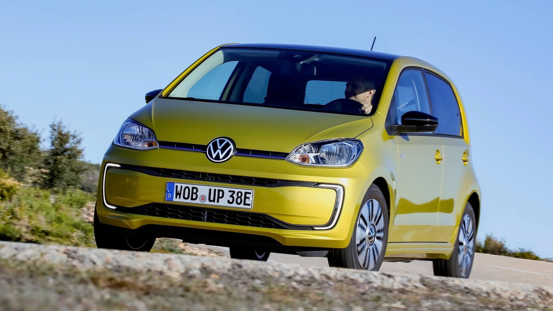 Volkswagen e-Up geel