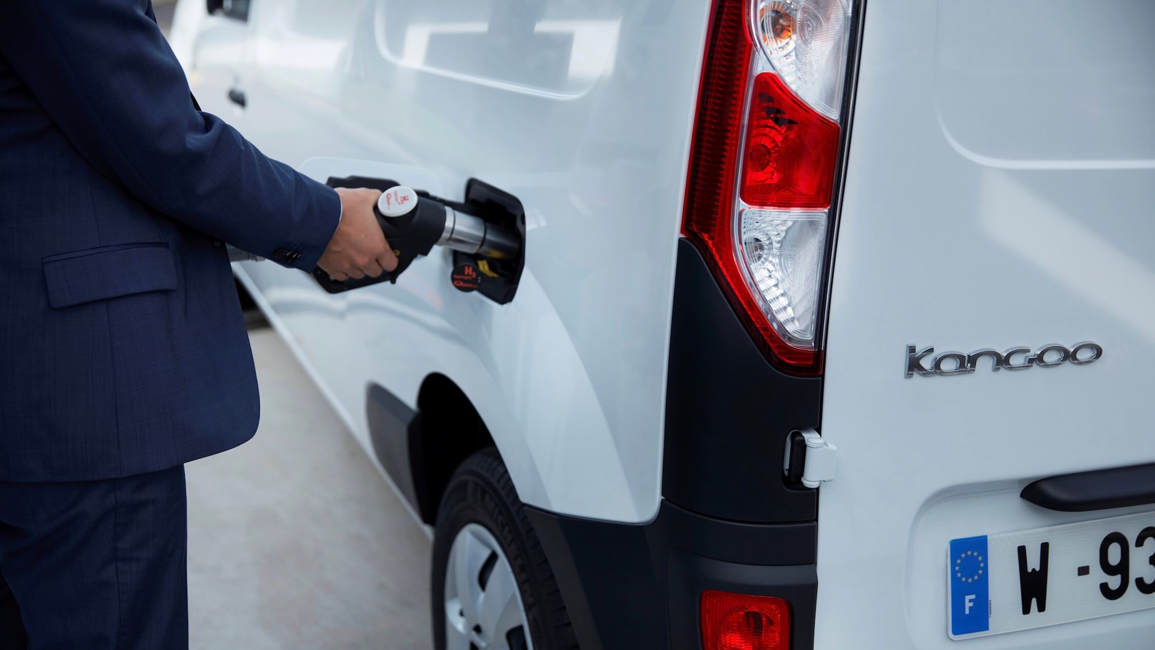 Renault Kangoo waterstof tanken