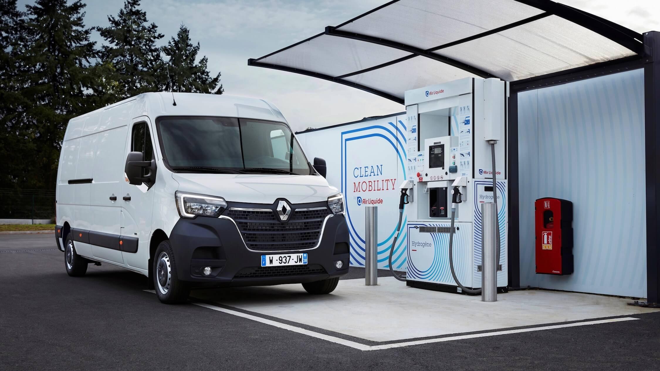 Renault Master met waterstof tanken