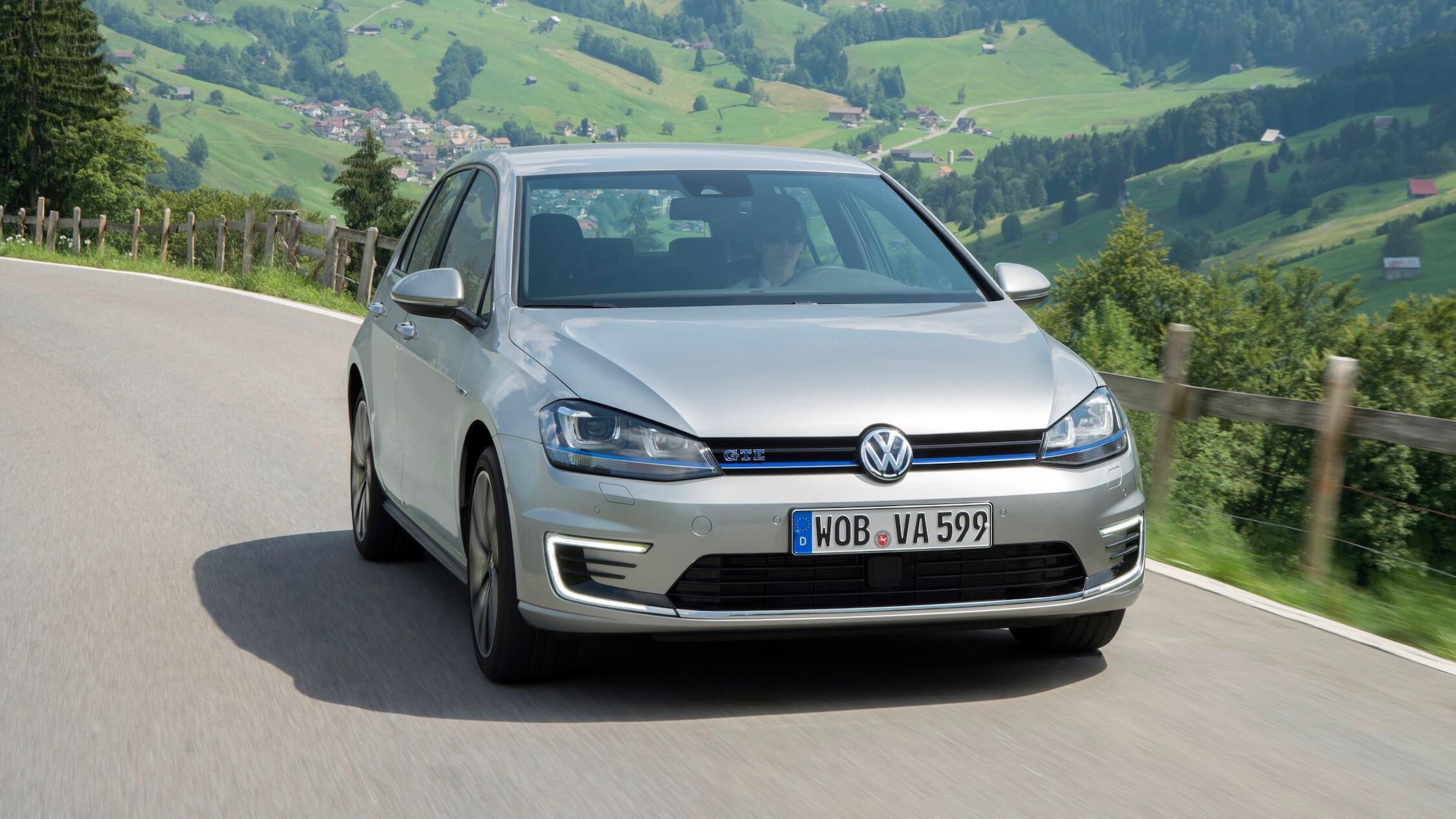 VW Golf GTE grijs