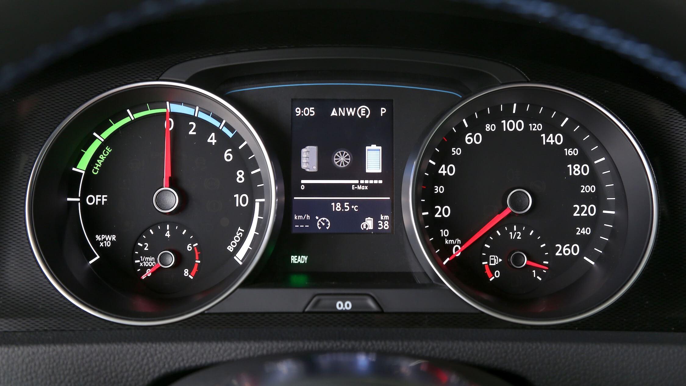Volkswagen Golf GTE tellers
