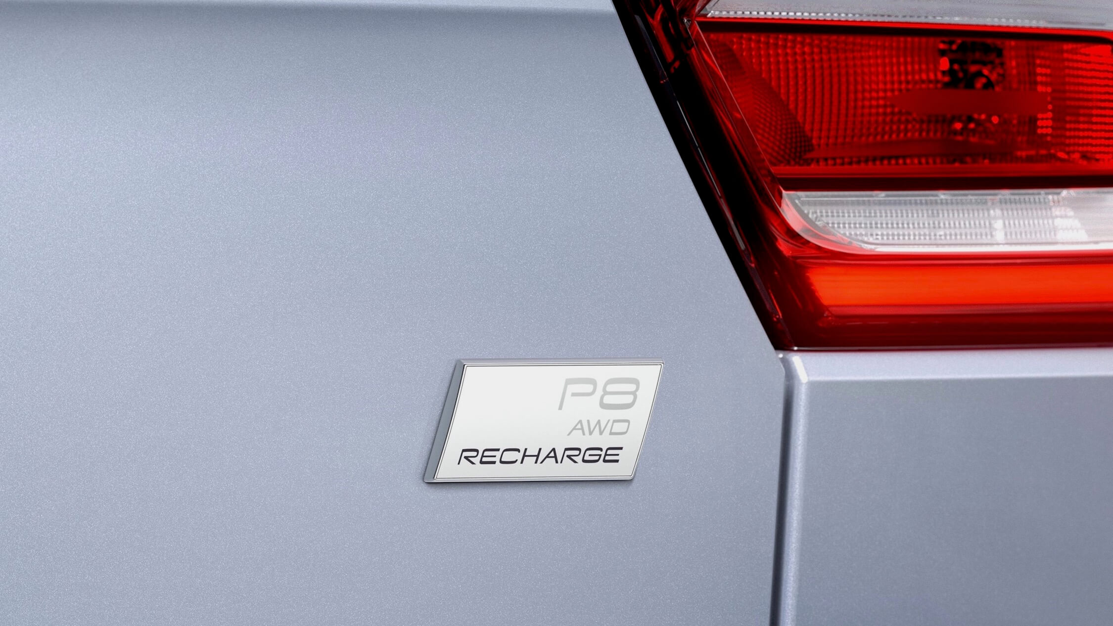 Volvo Recharge badge