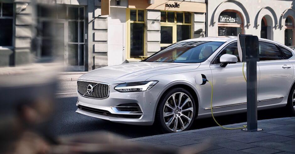 Volvo S90 plug-in hybride opladen
