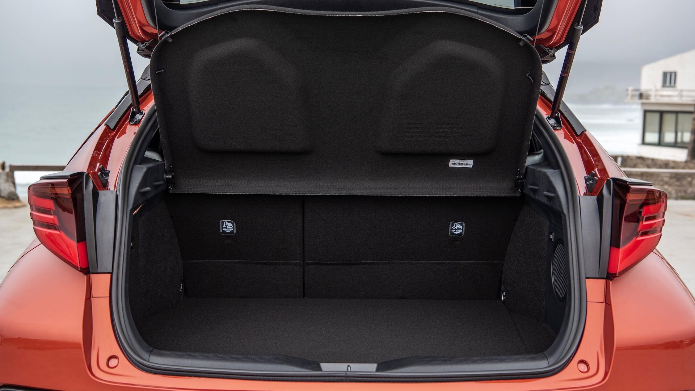 nieuwe Toyota C-HR koffer
