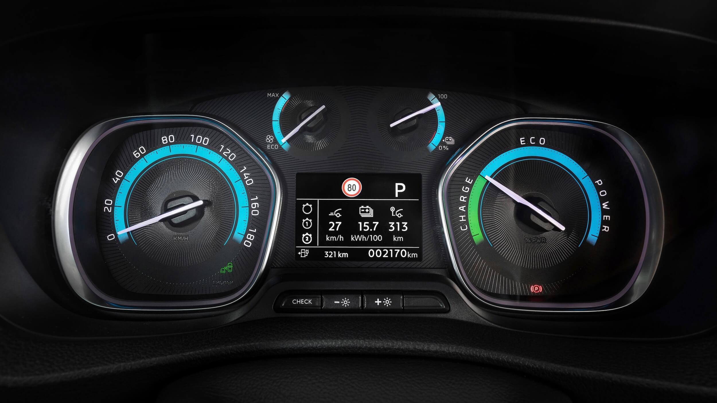Opel Vivaro e snelheidstellers