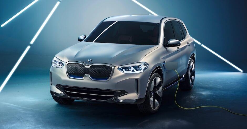 BMW iX3 opladen met laadkabel