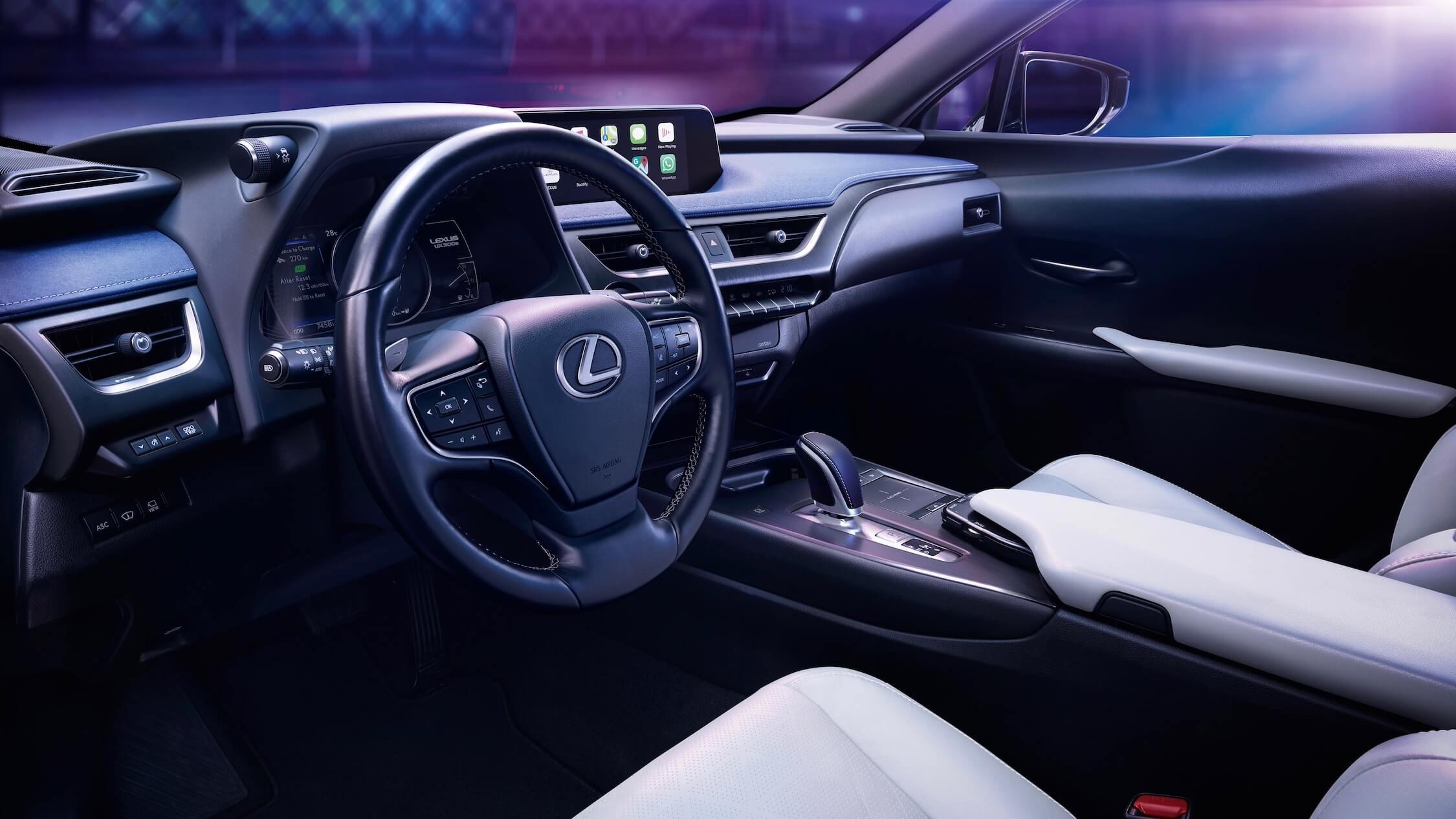 Lexus UX 300e interieur