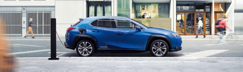 Lexus UX 300e opladen