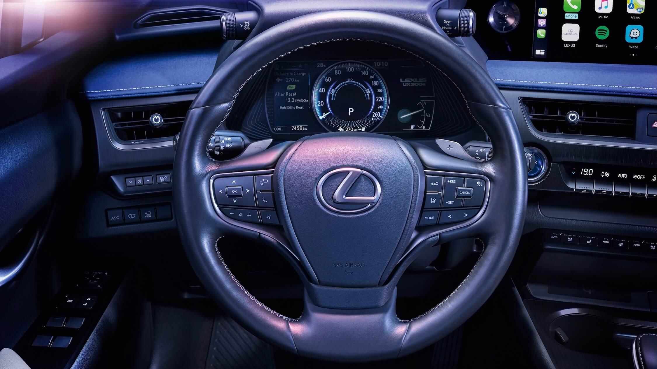 Lexus UX 300e stuur